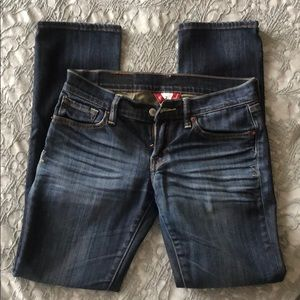 Lucky Brand Zoe Straight Low-Rise women's jeans.